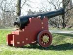 おもちゃの戦車?