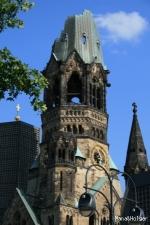 Kaiser-Wilhelm-Gedächtniskirche (カイザーヴィルヘルム教会)